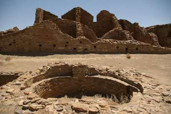 Indians Chaco Canyon